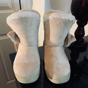 Faux fur beige ankle boots🤍